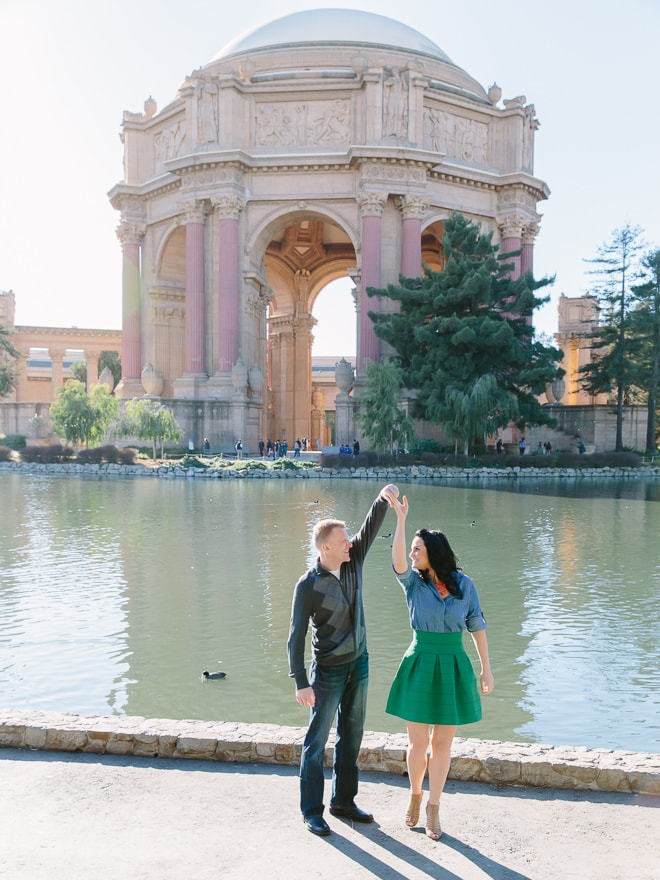 Palace of Fine Arts engagement session. San Francisco wedding photographer Lilia Photography
